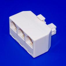 Телефонный переходник 6р4с (RJ11), 1 штекер - 3 гнезда, корпус белый, пластик